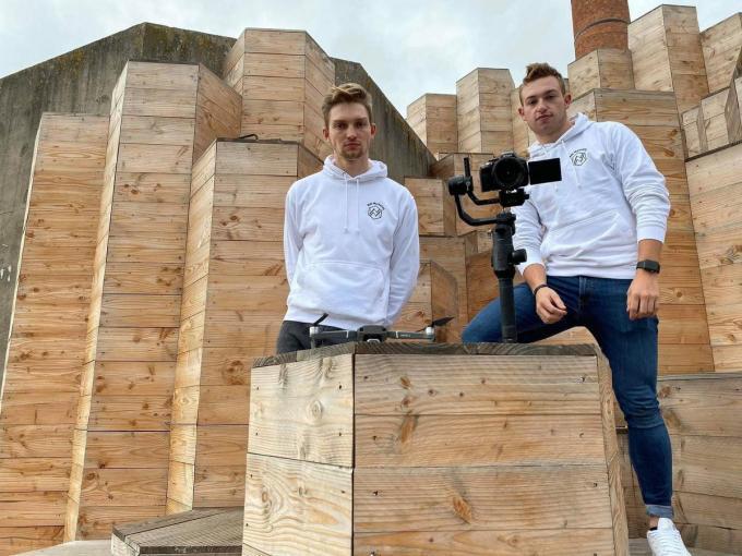 Wesley (21) en Mathias (20) startten vorig jaar Wide Marketing op.