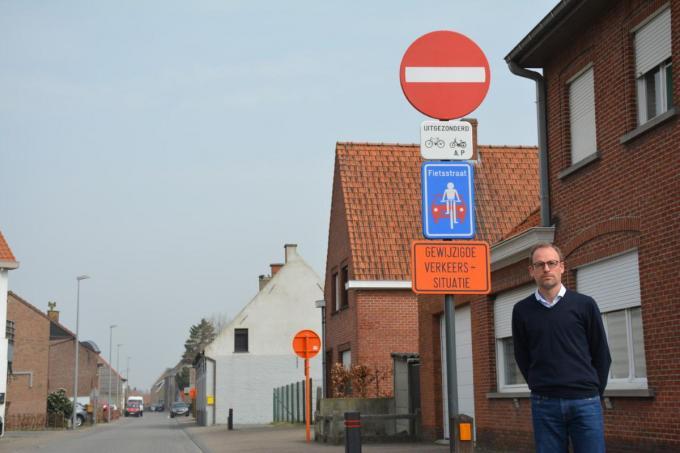 Schepen van Mobiliteit Michaël Vandemeulebroecke (Open Zulte) voorziet de eerste evaluatie van het project pas na de grote vakantie.© MV