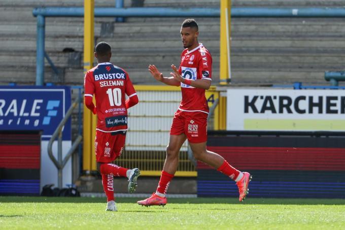 Zinho Gano viert zijn doelpunt.© (Foto BELGA)