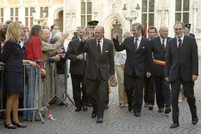 De aankomst van prins Philip en Koning Filip op de Burg in Brugge in 2006. (Foto Stad Brugge)