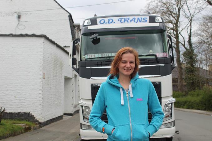 Tineke neemt deel aan het tweede seizoen van Lady Truckers op VTM 2. (foto JT)
