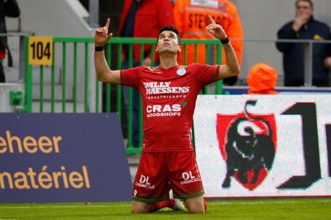 Hamdi Harbaoui werd in het verleden al drie keer topscorer in de Belgische competitie. Zondag treedt hij aan met Moeskroen op Jan Breydel.© BELGA