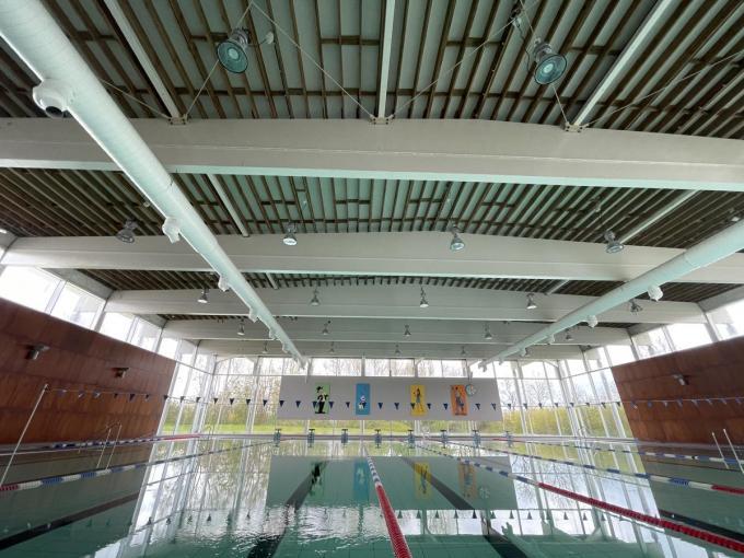 Waterratten kunnen tijdelijk niet terecht in het Ieperse zwembad.© TP