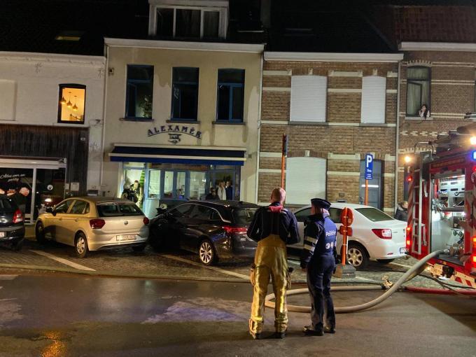 De schade aan het appartement boven chocoladewinkel Alexamer was aanzienlijk.© AFr