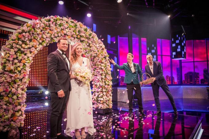 Toby Drubbels en Eline Vandorpe beleefden een topavond in De Cooke & Verhulst Show. (foto Play4)
