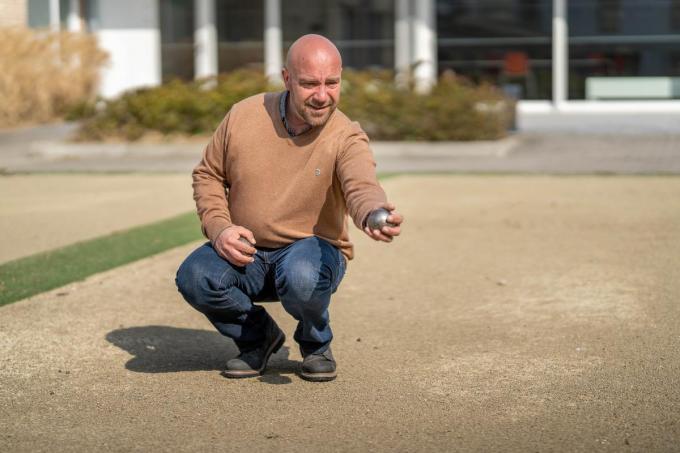 Wim Dumont wil in 2022 het wereldrecord petanque spelen verbreken.©luc cassiman