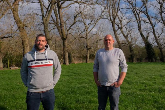 Steven Meulenaere (links) en Michael Inion op de plaats waar ze hun EK-dorp willen bouwen.© MD