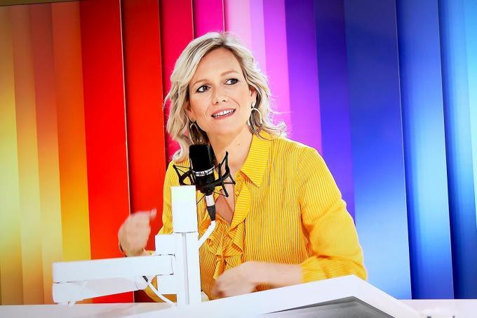 Cynthia Reekmans in de studio van MENT TV.© PADI/Daniël