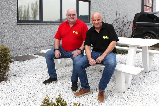 Michel en Dennie zingen 'Wij willen winnen'.© PADI/Daniël