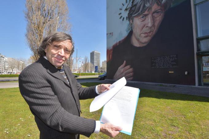Luc Ferdinand schreef een motivatie van 12 pagina's en een verzoekschrift aan het stadsbestuur.©Edwin Fontaine