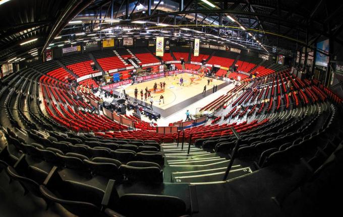 Vrijdag blijft de Filou Arena in Oostende leeg.© BELGA