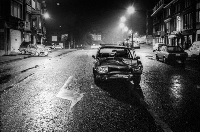 Er zijn foto's te zien van incidenten, ongevallen, nachtbrakers en andere beelden uit de jaren 80.© William Moulin