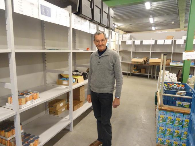 """Dirk Van Buren, voorzitter van De Doorgang. """"We blijven ons ook in moeilijke tijden inzetten voor de voedselbedeling.""""© foto TV"""