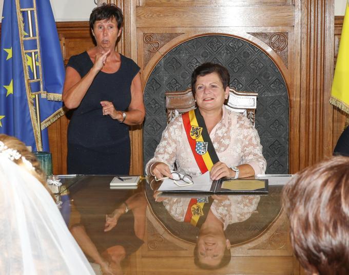 Als burgemeester bezegelde Jana heel wat huwelijken.© LC