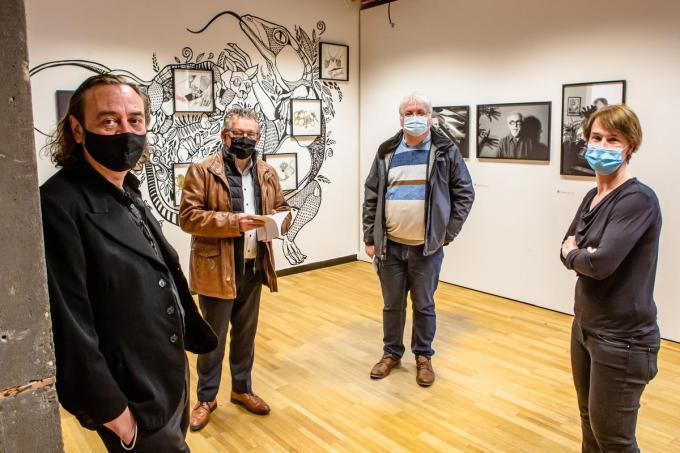 Alex Vanhee, Dirk De fauw, Nico Blontrock en Benedikte Van Eeghem zijn ook trots op de 'hedendaagse primitieven'.© Davy Coghe