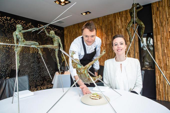 Filip Claeys en Annelies Ysebaert in restaurant De Jonkman.© Foto Davy Coghe