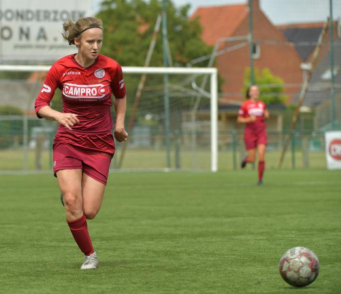 Geena Lisa Buyle lukte het derde doelpunt.© VDB