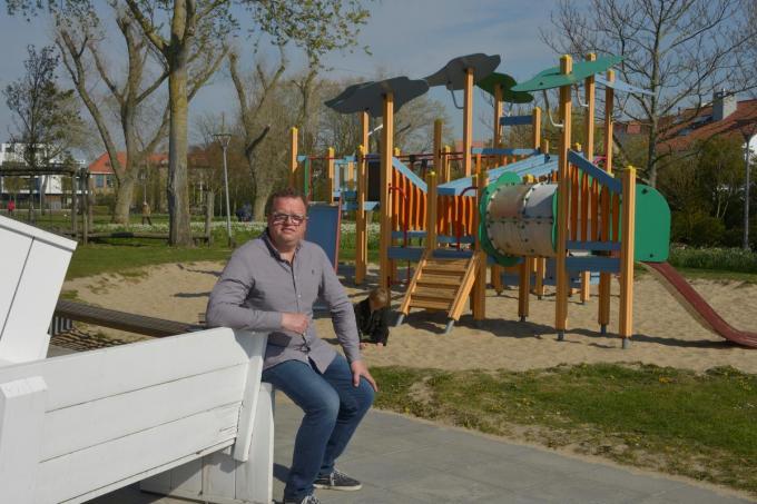 Dirk Roels twijfelt of hij het terras van Café Cultuur op 8 mei zal openen. (foto DM)