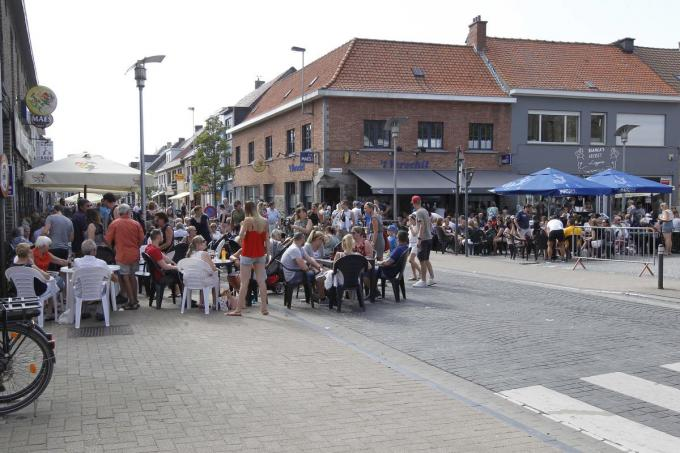 Beeld van de terrasjes in Ichtegem in betere tijden.© Coghe