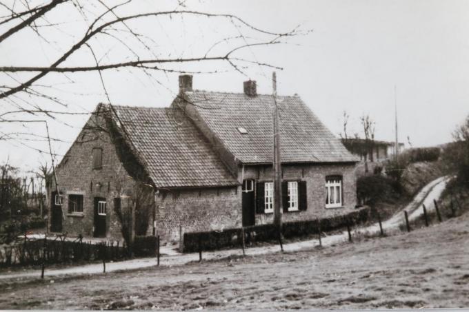 Dit huisje werd afgebroken en in de plaats komt er een nieuwbouw.© EF
