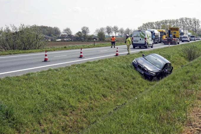 Het ongeval zorgde voor best wat verkeershinder.© CLL