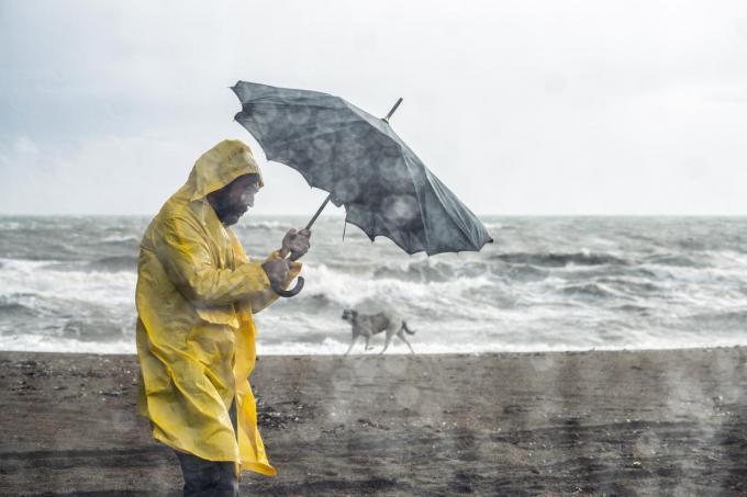 De storm gaat gepaard met windstoten tot plaatselijk maximaal 95 km/uur.©ozgurdonmaz Getty Images