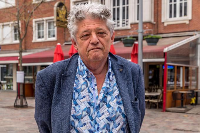 """Ronny Decock voor zijn tearoom en bistro Botermarkt: """"Onze prijzen blijven ongewijzigd.""""©Wouter Meeus foto WME"""