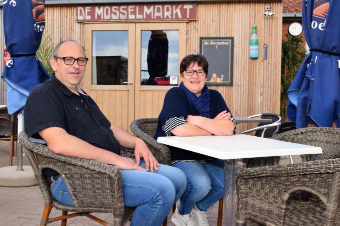 Uitbater Henk Deprez en echtgenote Marina Deleye hebben heel wat verwezenlijkt in deze tweede lockdown.© (Foto ZB)