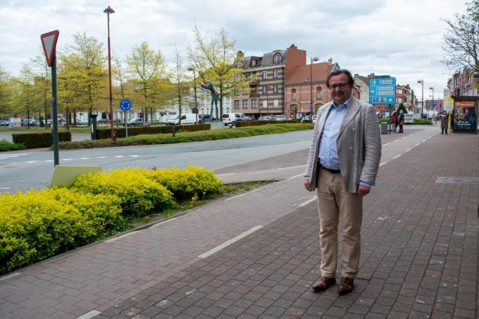 Retributies voor te lang parkeren worden vijf euro duurder. Een foute maatregel, vindt Laurent Coppens van oppositiepartij CD&V. (foto SLW)©Stefaan Lernout