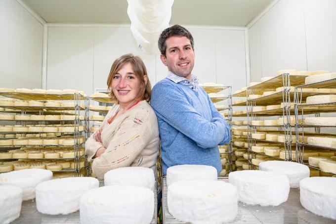 Kaasmakers Katrien Huyghe en Dries Debergh. (foto Davy Coghe)©Davy Coghe Davy Coghe