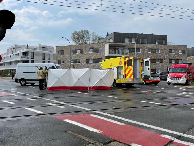 De man werd meteen overgebracht naar het ziekenhuis.© JVMA