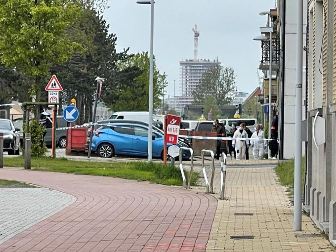 De feiten speelden zich af in de Elisabethlaan in Bredene waar het gerechtelijk labo ter plaatse kwam.© GF