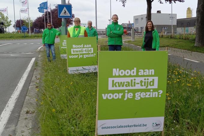 We zien van links naar rechts: Lieven Vandendriessche, Christine Duyck, Peter Debaenst, Rudi Van Colen en Emma Verbeken.© gf
