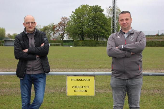 Andy Kindt en Jürgen Rigole willen de communicatie met de ouders en spelers optimaliseren.© (Foto Jan)