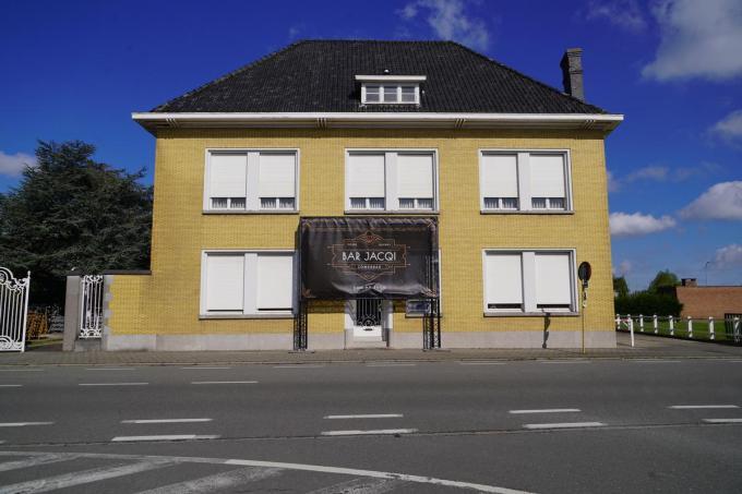 Villa Moerman fungeert vier maanden als Bar Jacqi.© foto Luc