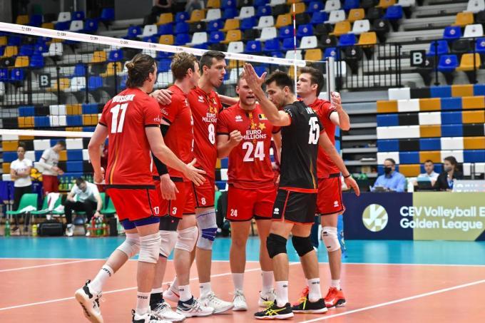 Vreugde bij de Red Dragons na het winnen van hun match tegen Letland.© MPM
