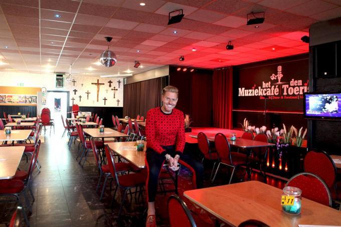 Michael in de vernieuwde zaal Den Toerist in Meulebeke.© PADI/Daniël
