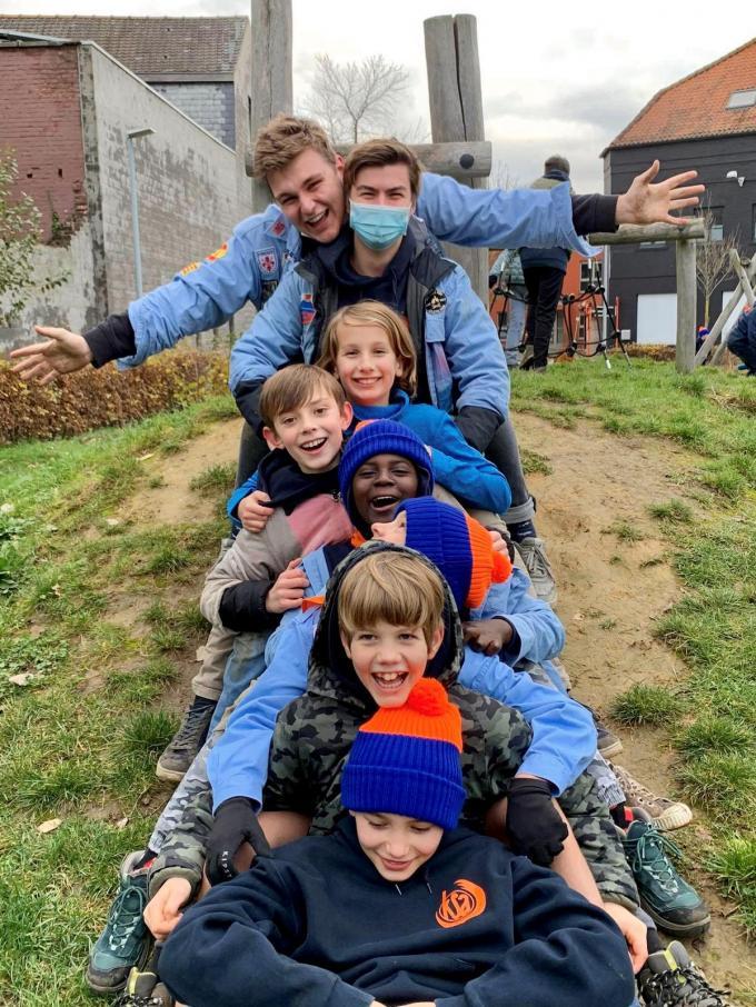 Hoe zit het met een eventueel vaccin als je op kamp bent? Stefaan Van Coillie vroeg erom op de gemeenteraad in Roeselare. (gf)