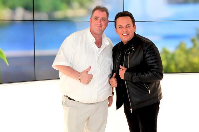 David Galle (links), samen met Phil Kevin.© PADI/Daniël
