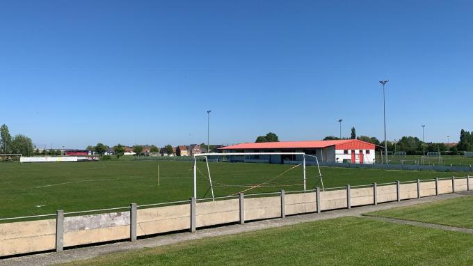 Het voetbalveld van VK Langemark-Poelkapelle.© BP