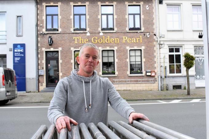 Hoewel hij de regio helemaal niet kent, voelt Dieter Bulckaen zich al aardig thuis in Wakken.© (Foto TVW)