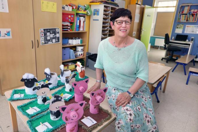 """Gina Paelinck (60) in de kleuterklas: """"Altijd heb ik mijn school op de eerste plaats gezet.""""©Johan Sabbe"""