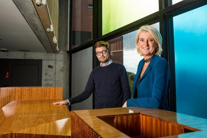 Jeroen Vanacker en Katrien Van Eeckhoutte in het Concertgebouw. De foto werd voor de pandemie genomen.© Davy Coghe