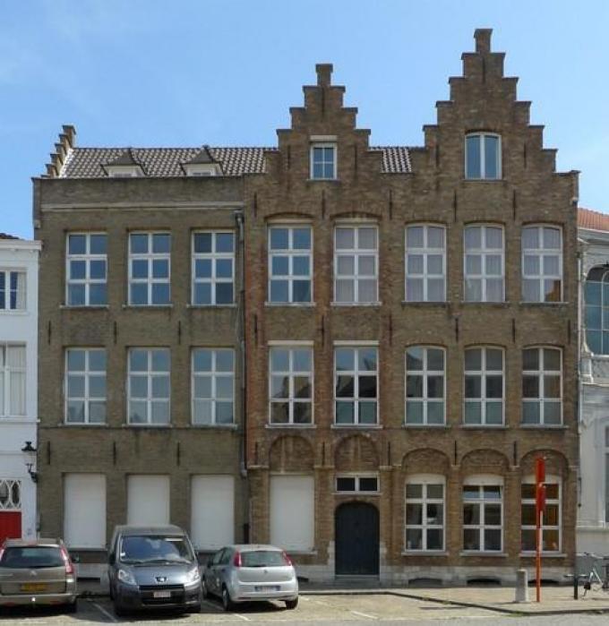 Het te restaureren pand in de Wapenmakersstraat in Brugge.© Vanderhispallie Eelkje