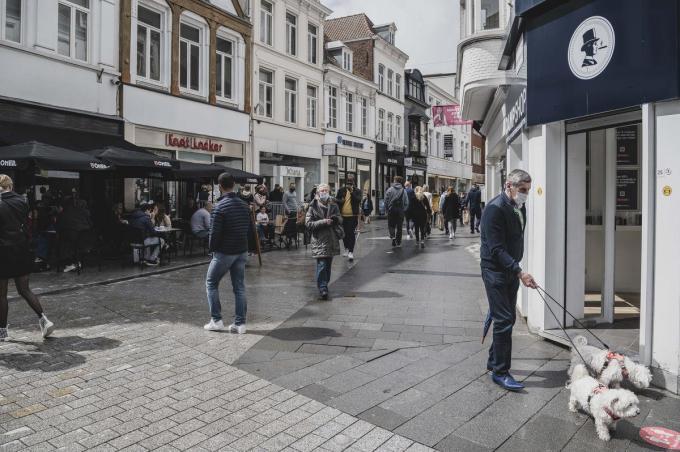 De handelskernen van West-Vlaamse steden en gemeenten lijden volgens Unizo onder opmars van de baanwinkels en grote retailparken in de rand.© Olaf Verhaeghe