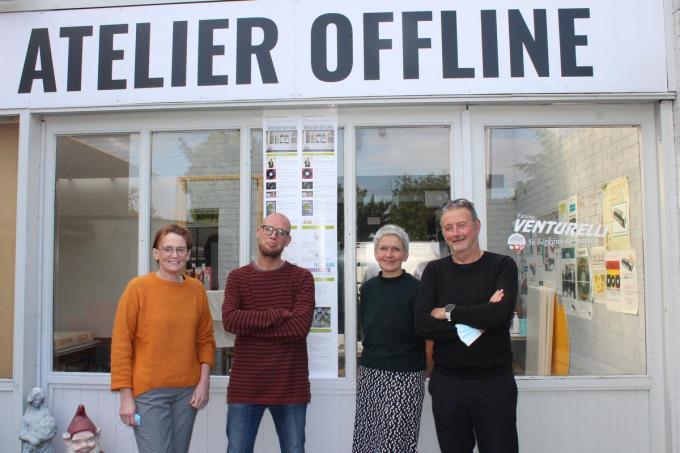 Catherine Deschryver, Bert Vermeulen, Els Ghyselinck en Marc Vermeersch hebben een mooie kalender opgemaakt voor de komende maanden in Atelier Offline.© (Foto DJW)
