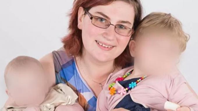 Deze foto van Sara en haar kinderen verspreidde de politie bij een oproep tot getuigen.© Federale politie