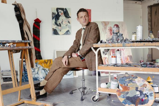 """Bent Van Looy: """"Ik schilder vanuit een poging om de wereld te vertalen naar hoe ik die zie."""" (Foto Damon De Backer)"""
