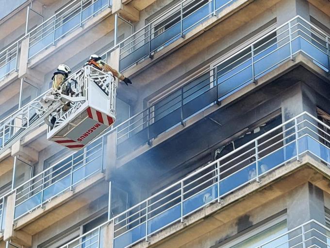 Het appartement waar de brand ontstond, is niet meer bewoonbaar.© BB