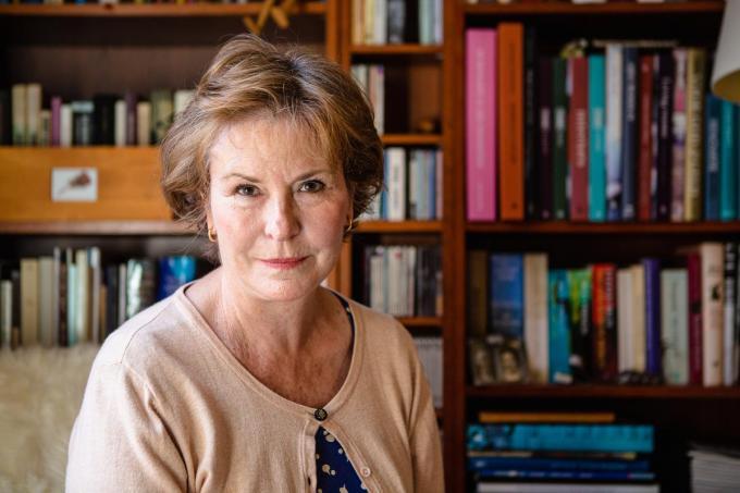 """Annie Van Paemel: """"De universele waarde van dit familieverhaal ben ik pas later gaan beseffen.""""© Davy Coghe"""